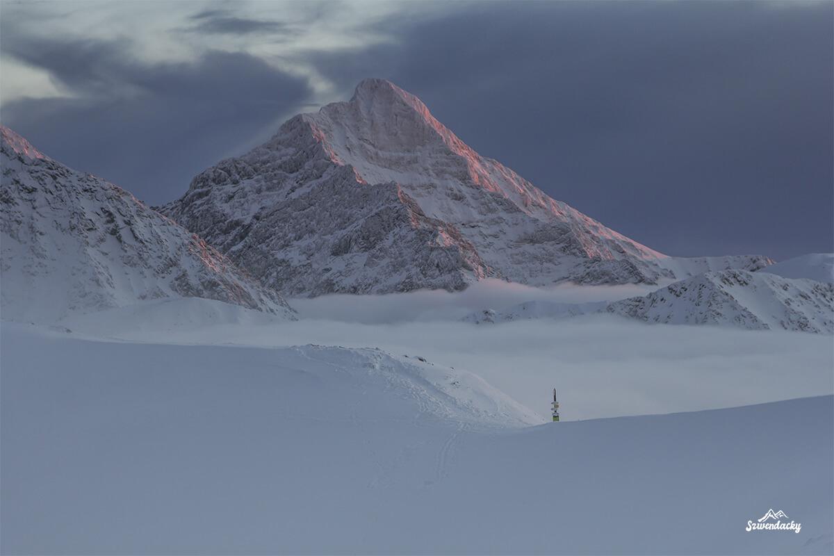 Krywań panorama z Kasprowego Wierchu - zachód słońca zima